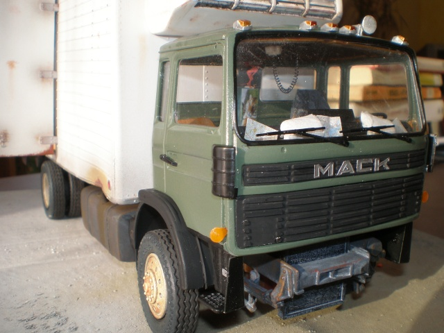 mack midliner - Page 2 P1011610