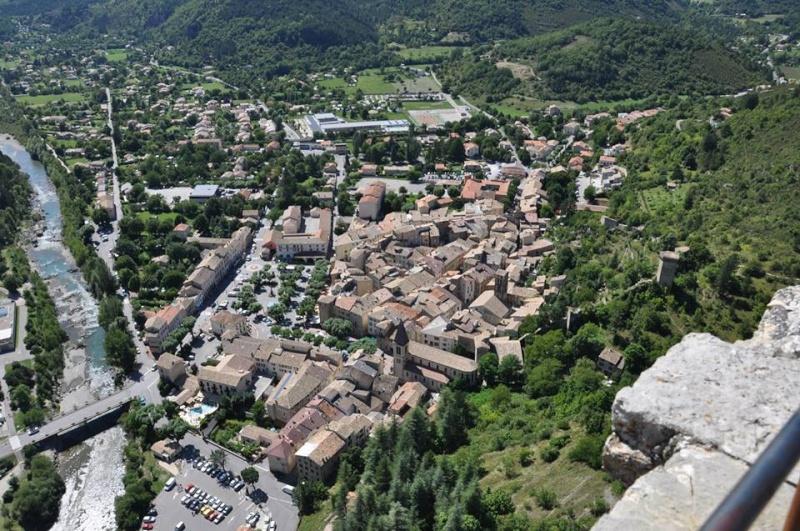 Camping Lacolle *** (Calme & Nature) Castellane 04 Ville10