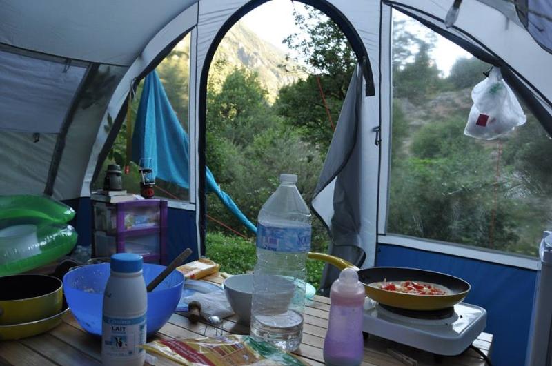 Camping Lacolle *** (Calme & Nature) Castellane 04 Vue10