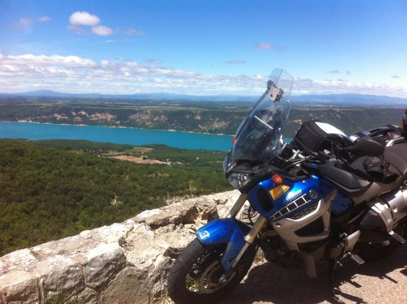 Vos plus belles photos de moto - Page 2 Img_0310