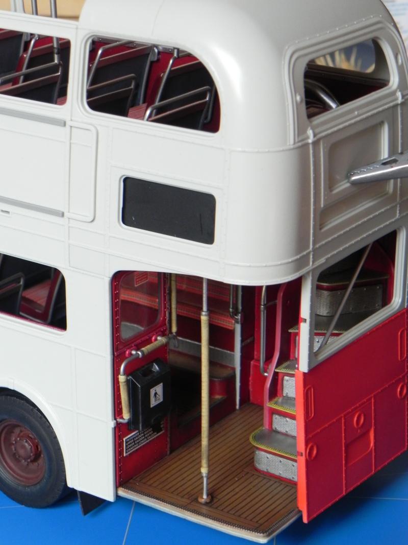AEC Routemaster London double decker bus 1/24 Revell terminus tout le monde descend! - Page 2 Dscn0134