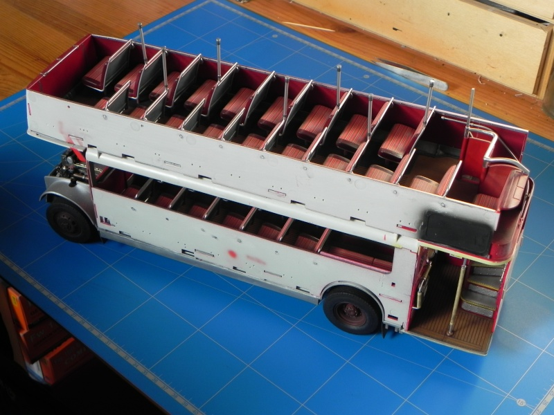 AEC Routemaster London double decker bus 1/24 Revell terminus tout le monde descend! - Page 2 Dscn0210