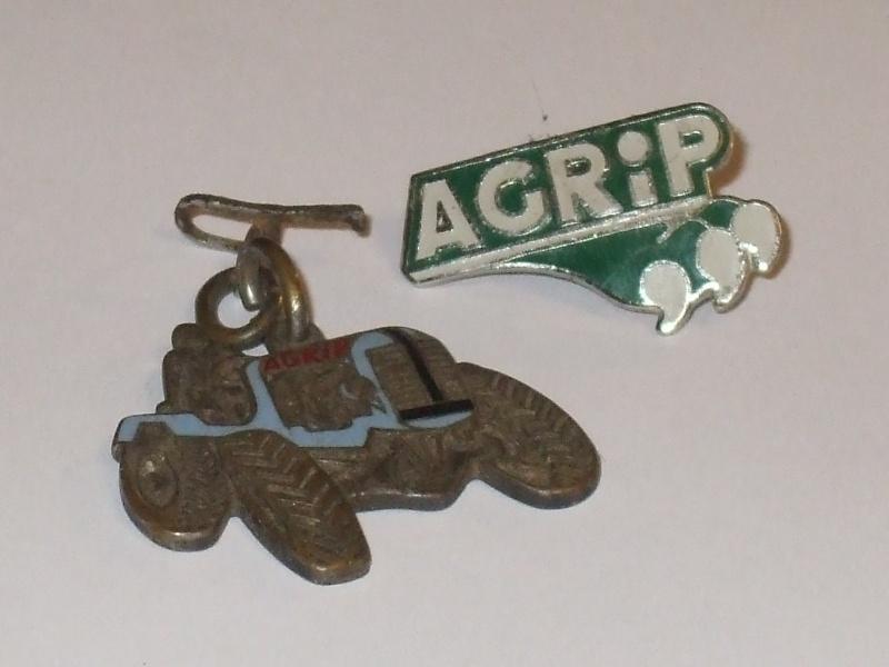 Un porte-clés AGRIP 01010