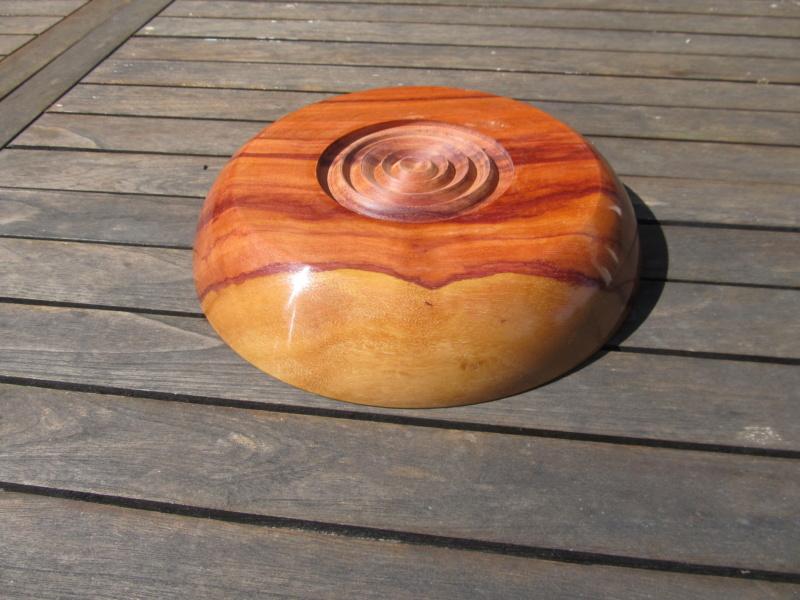 Une assiette en pau Rosa du Brésil Assiet12