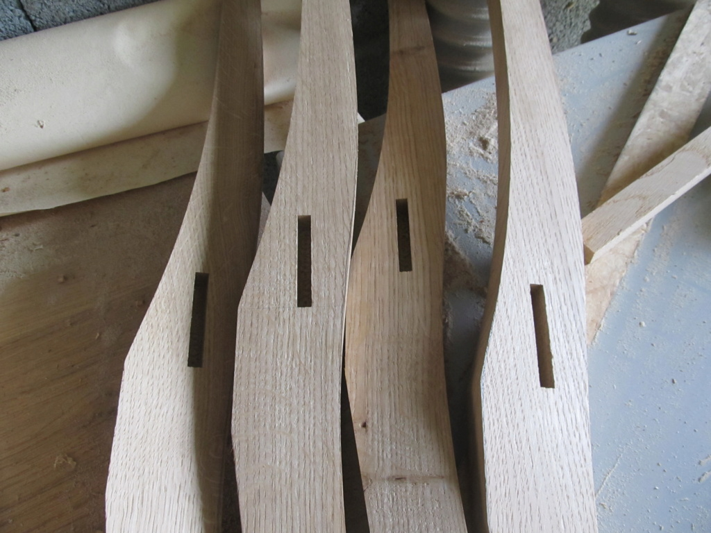 Des chaises pour ma salle à manger, le retour - Page 3 Chais103