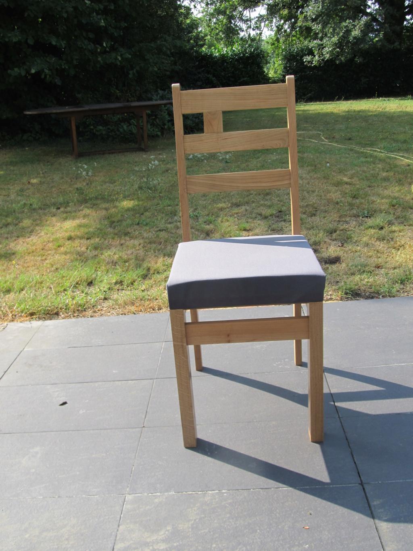 Des chaises pour ma salle à manger - Page 3 Chaise51