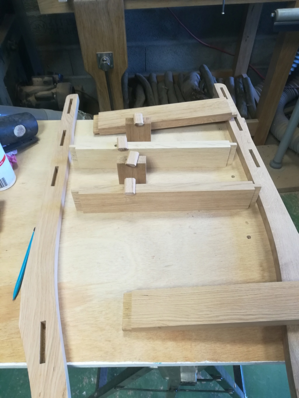 Des chaises pour ma salle à manger, le retour - Page 6 Img_2070
