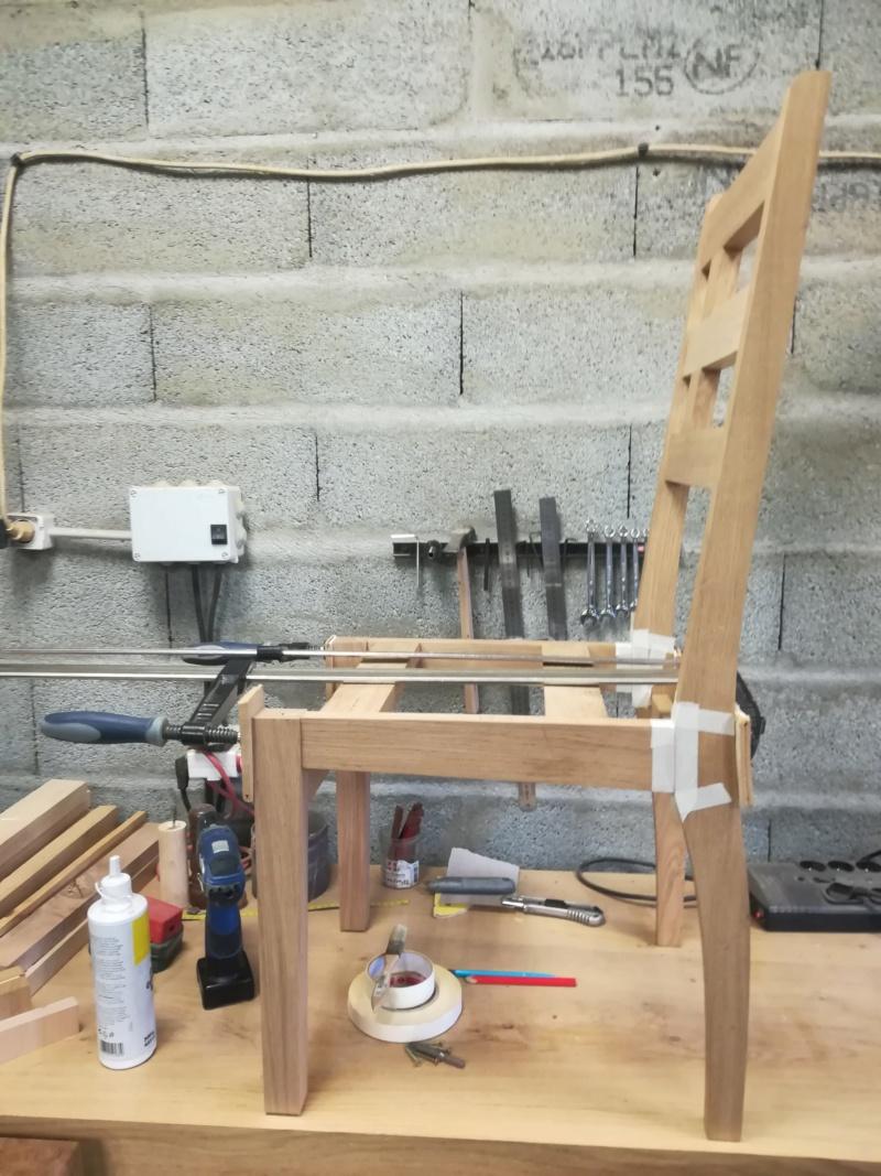 Réparation d'une chaise (attention images pouvant heurter les professionnels sensibles!) Img_2133