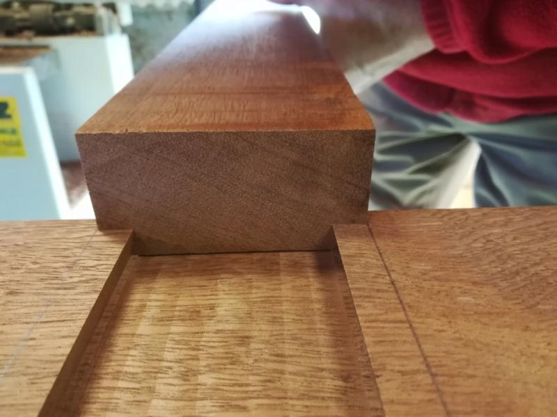 Une table en kossipo avec raidisseurs en QA gainées - Page 2 Img_2655