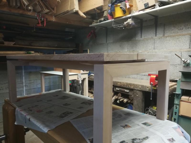 Table basse flottante en hêtre Img_2750