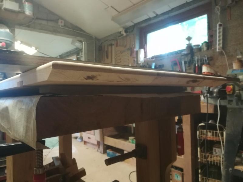 Table basse flottante en hêtre Img_2753