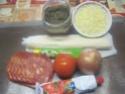 chausson pizza.tomate.chorizo.oignon.+ photos. Img_6159