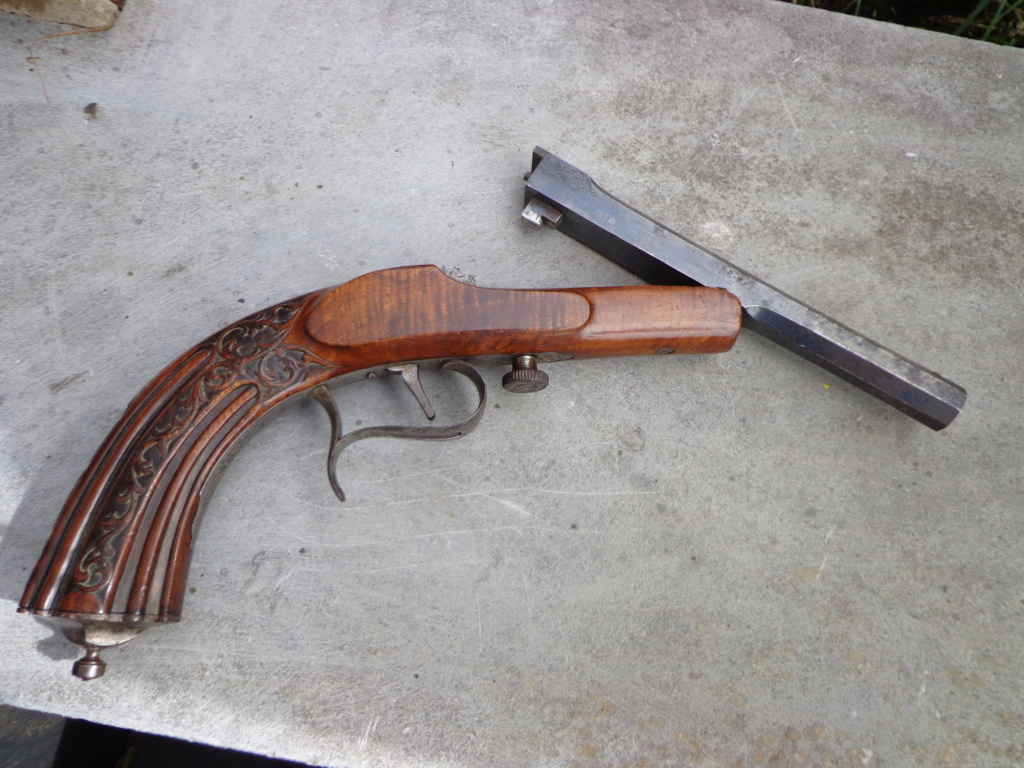 pistolet Dsc08220