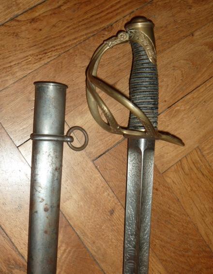 Fourreau d'épée inconnu P1500210