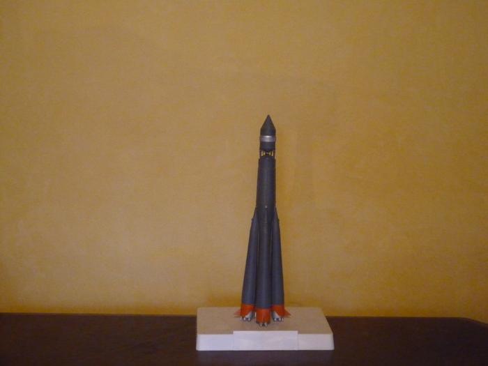 Semiorka, Vostok et Soyouz [Airfix - 1/144] M_p10538