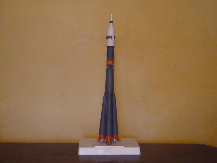 Semiorka, Vostok et Soyouz [Airfix - 1/144] M_p10540