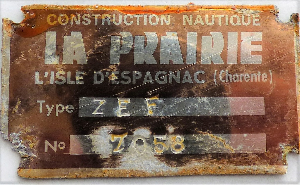 plaque d'identification P1040310