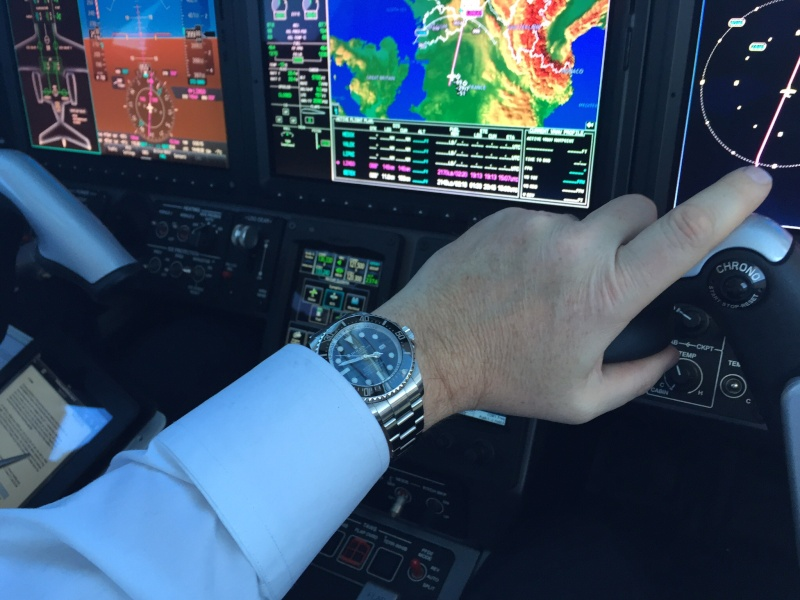DODANE - la montre  des pilotes de ligne? - Page 6 Image12