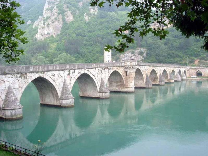 Visegrad Bridge 797px-10