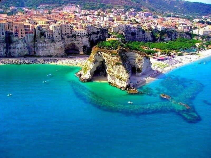 Calabria Town Village Italia10