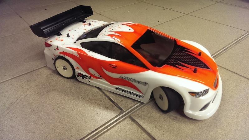 Wieder mal ne neue Karo fertig...1:5 BMW und noch ne kleine 1:10 Mazda6 ;)) Imag1623