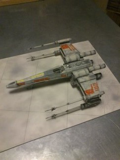 X-Wing Fighter Star Wars, 1/48 FineMolds - Page 3 14239311