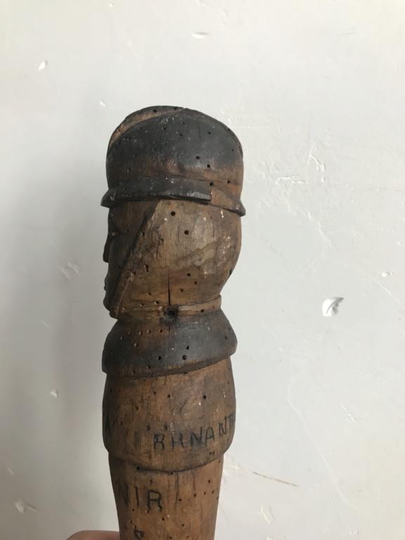 Une canne de soldat. Poilu ou seconde guerre? 4dd4f110