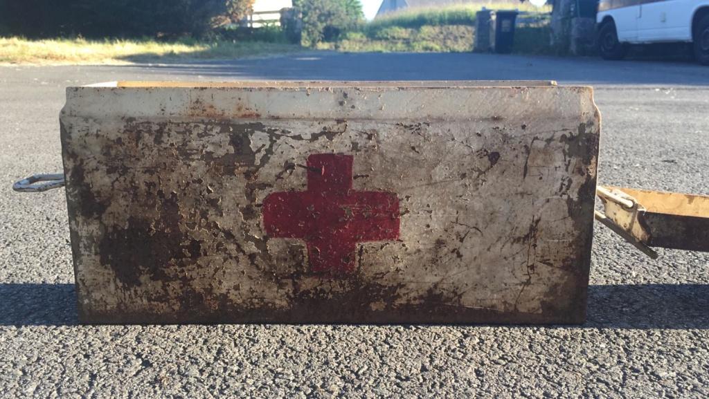 Une caisse de munition mg allemande croix rouge. 77a2e210