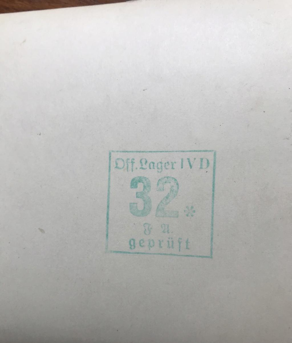 Des papiers indo et ww2 : photo oflag, carte Colmar et indo, journaux DDay. 99554610