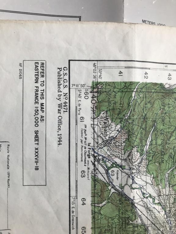 Des papiers indo et ww2 : photo oflag, carte Colmar et indo, journaux DDay. F5607210