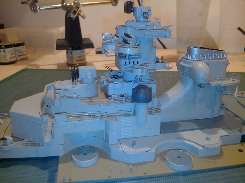 Bismarck par HellCat76 1/350 Academy, kit eduard - Page 6 Img_2045