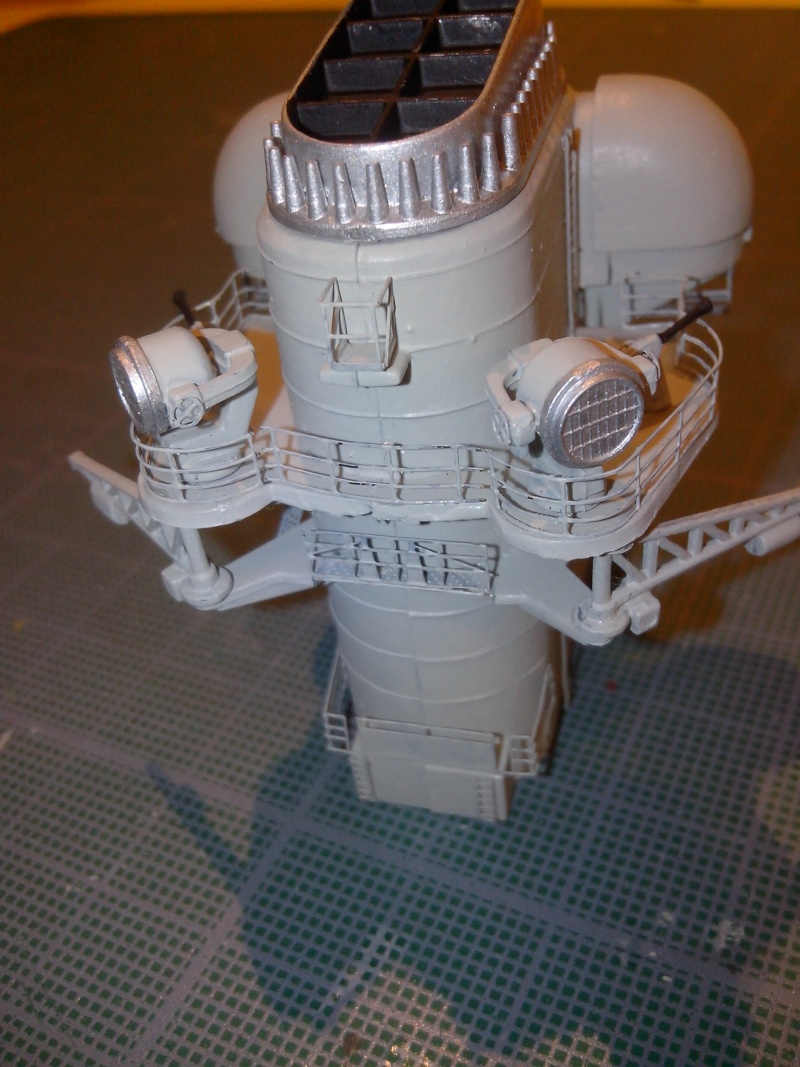 Bismarck par HellCat76 1/350 Academy, kit eduard - Page 6 Img_2050