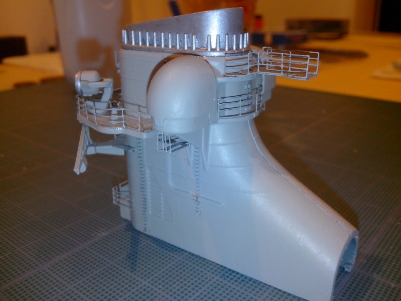 Bismarck par HellCat76 1/350 Academy, kit eduard - Page 7 Img_2054