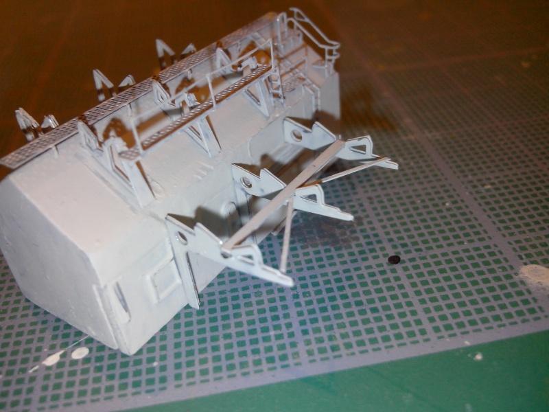 Bismarck par HellCat76 1/350 Academy, kit eduard - Page 7 Img_2064