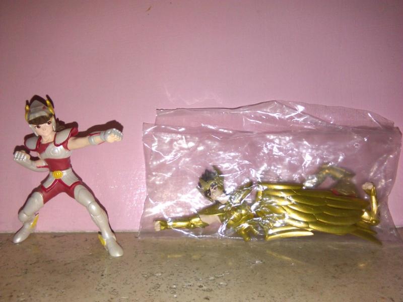 vendo SAINT SEIYA 2 PEGASUS pvc figures figurines gashapon bronzo oro Peg_210