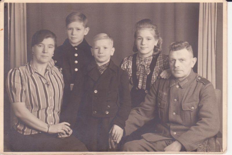 Recherche soldat allemand Famill10
