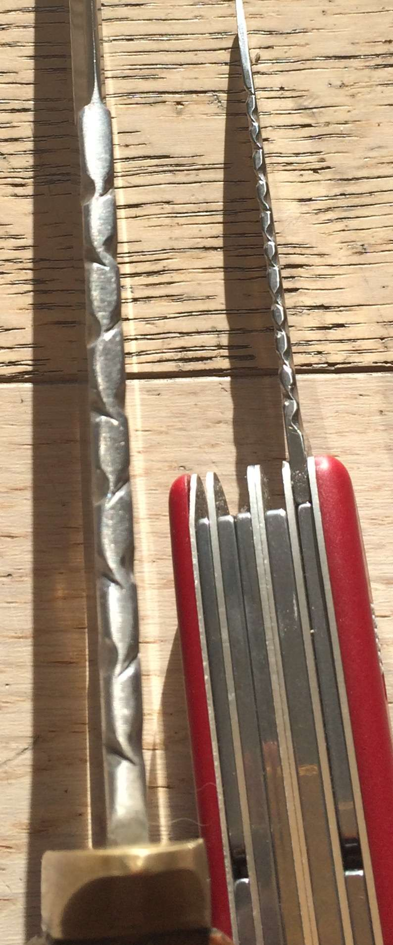 Personnalisations  de couteaux par Sébastien Guillo10