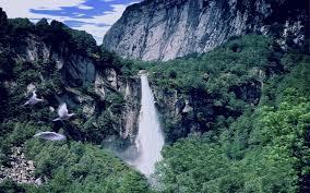 Pebbles Waterfall. Brume_10