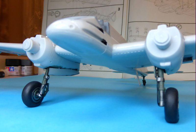 Revell - Henschel Hs 129 B-2 au 1/48 03-4_a10