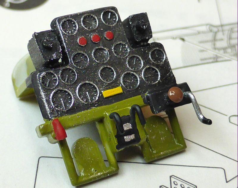 ACADEMY  CURTISS P-36A HAWK 1/48  montage pas à pas  08-3_c10