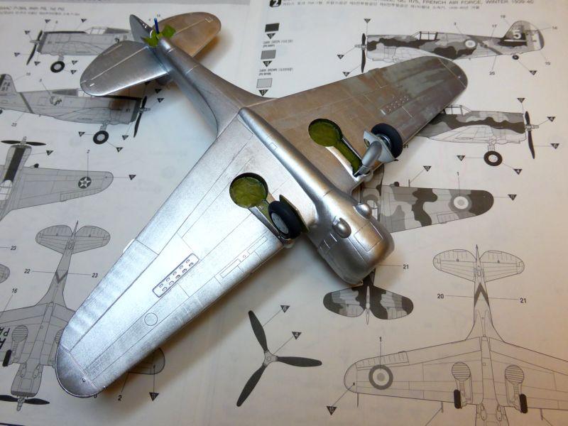 ACADEMY  CURTISS P-36A HAWK 1/48  montage pas à pas  - Page 2 14-3_b10