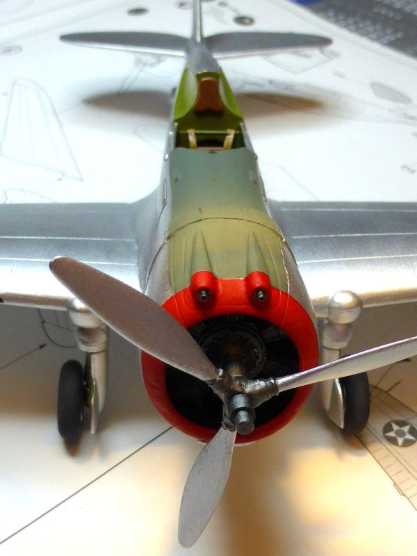 ACADEMY  CURTISS P-36A HAWK 1/48  montage pas à pas  - Page 2 15-2_l10
