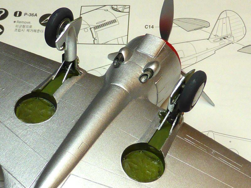 ACADEMY  CURTISS P-36A HAWK 1/48  montage pas à pas  - Page 2 15-4_l10