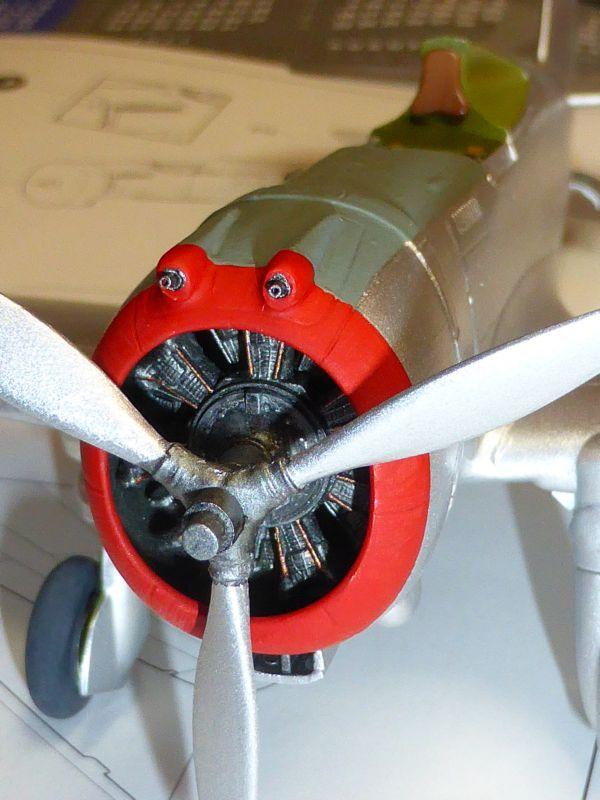 ACADEMY  CURTISS P-36A HAWK 1/48  montage pas à pas  - Page 2 15-6_l10