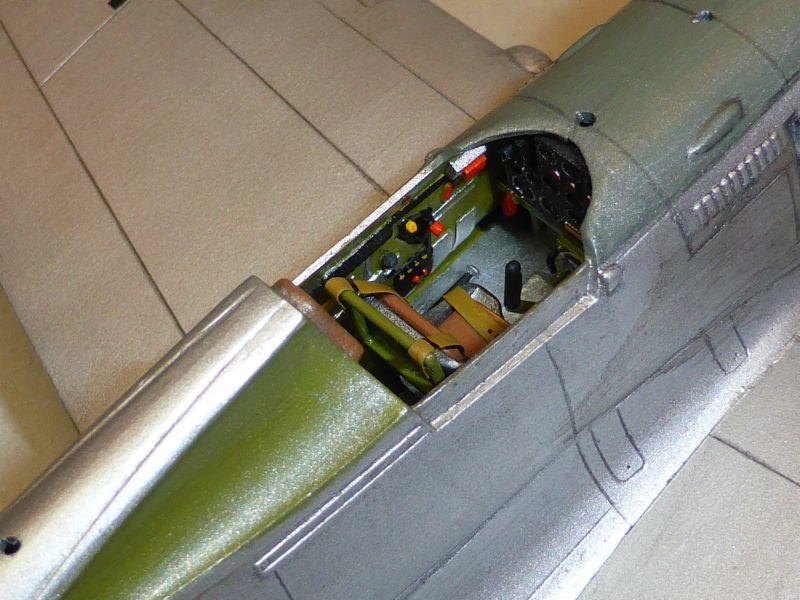 ACADEMY  CURTISS P-36A HAWK 1/48  montage pas à pas  - Page 2 16-8_d10