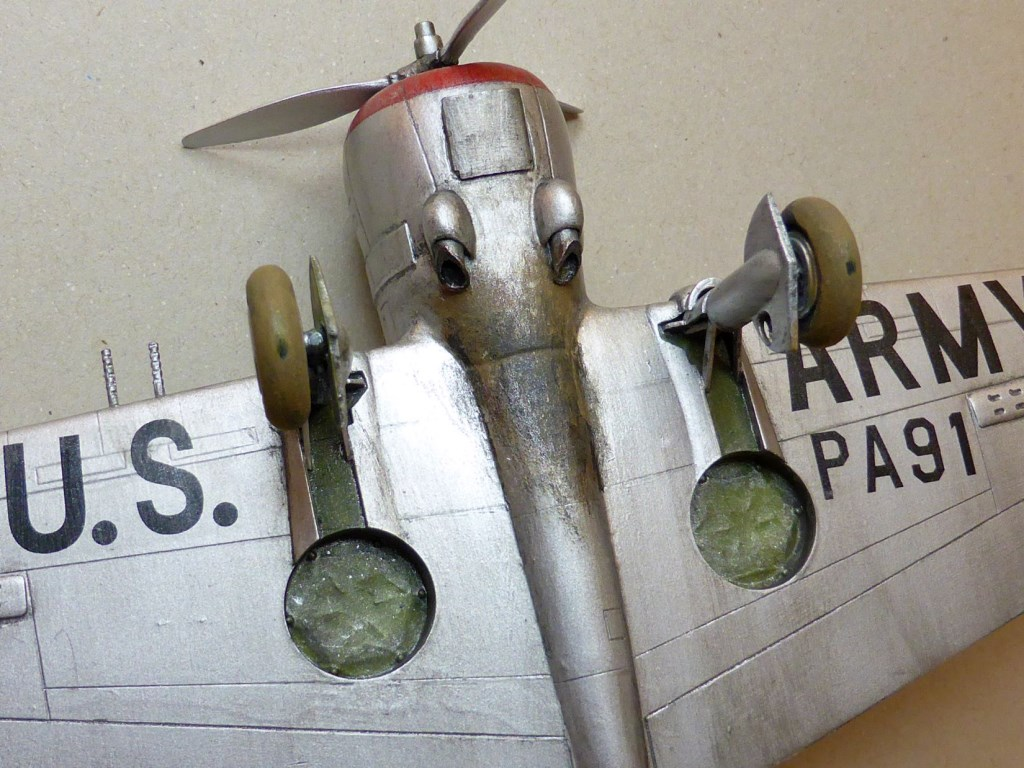 ACADEMY  CURTISS P-36A HAWK 1/48  montage pas à pas  - Page 2 2014-173