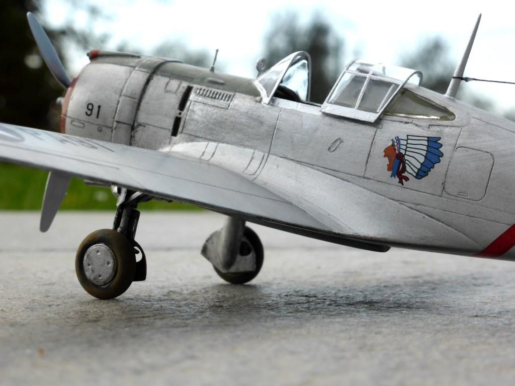 ACADEMY  CURTISS P-36A HAWK 1/48  montage pas à pas  - Page 2 2014-181