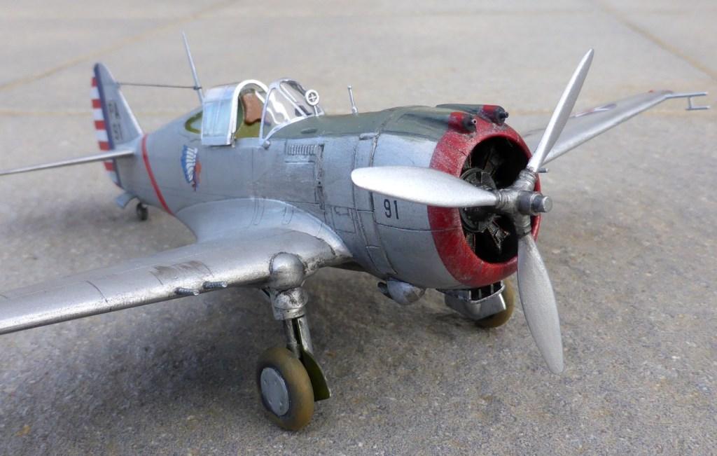 ACADEMY  CURTISS P-36A HAWK 1/48  montage pas à pas  - Page 2 2014-184