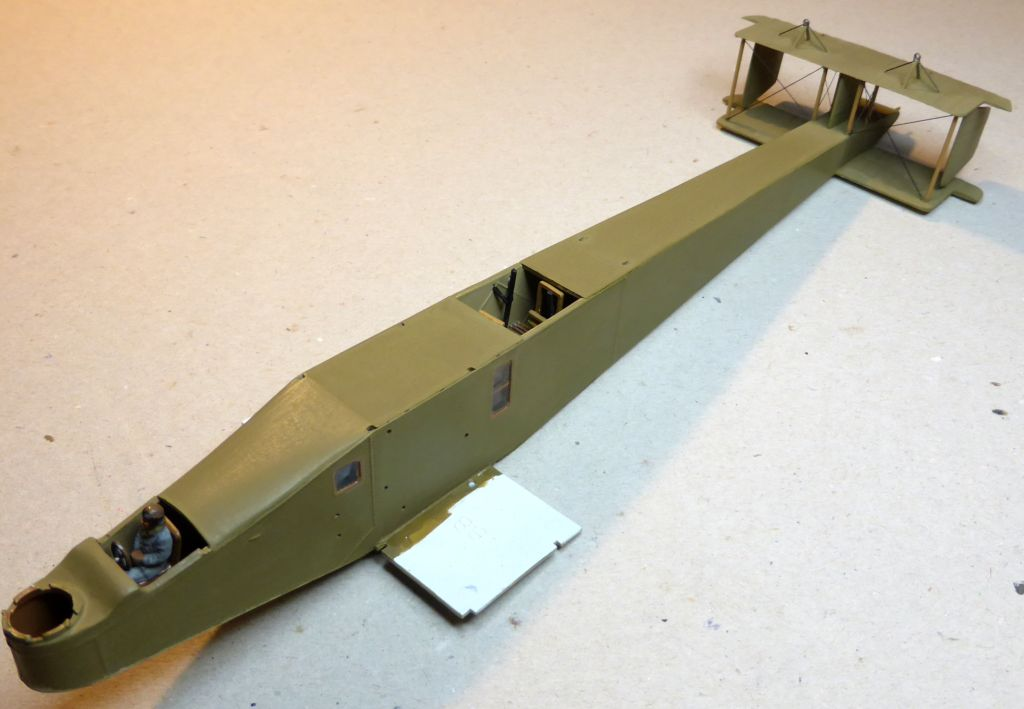 Airfix....Handley Page 0/400 J13-3_11