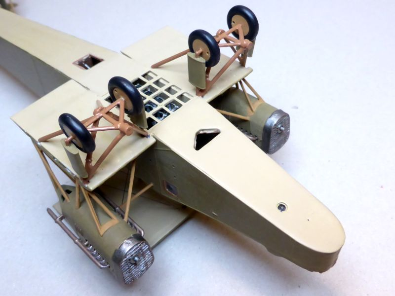 Airfix....Handley Page 0/400 J15-2_11